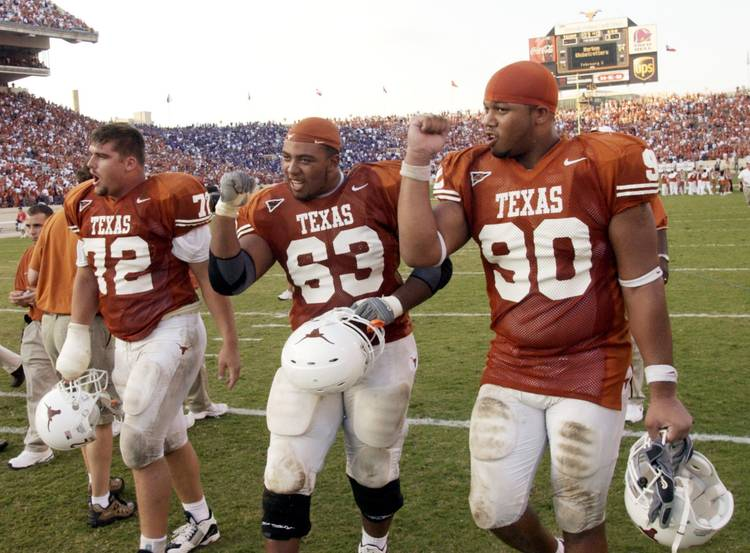 Texas Longhorns Will Allen 72 Justin Blalock 62 And Rodrique Wright 90 In 2003 Sung Park American Statesman