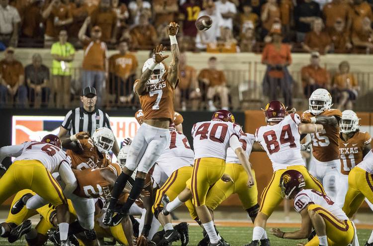 eab3a2284145 BEVO BEAT Football. It s over  Texas cruises past No. 22 USC in impressive  fashion