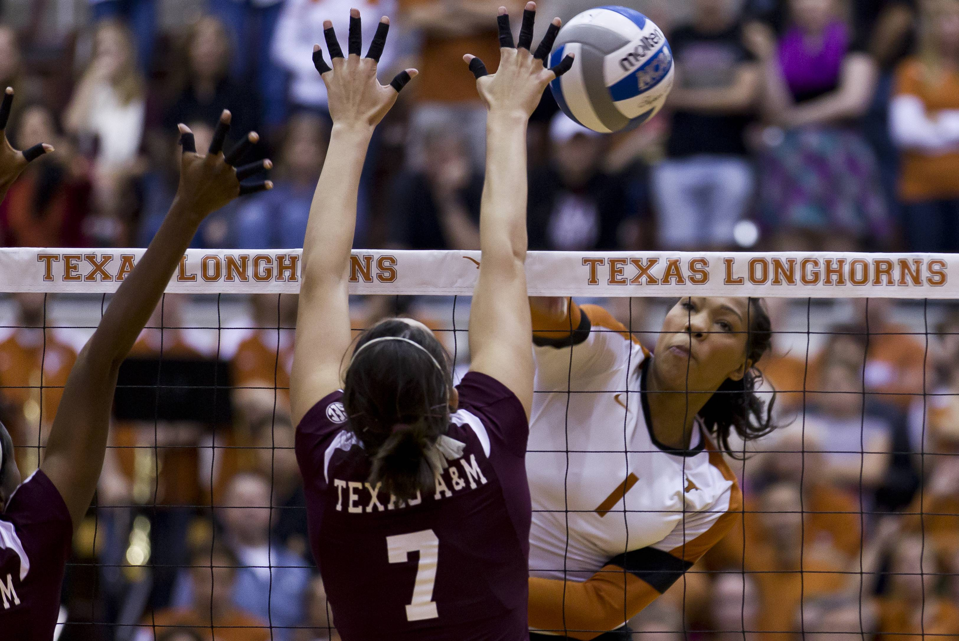 A look at Texas and Texas A&M's postseason meetings over the past eight years