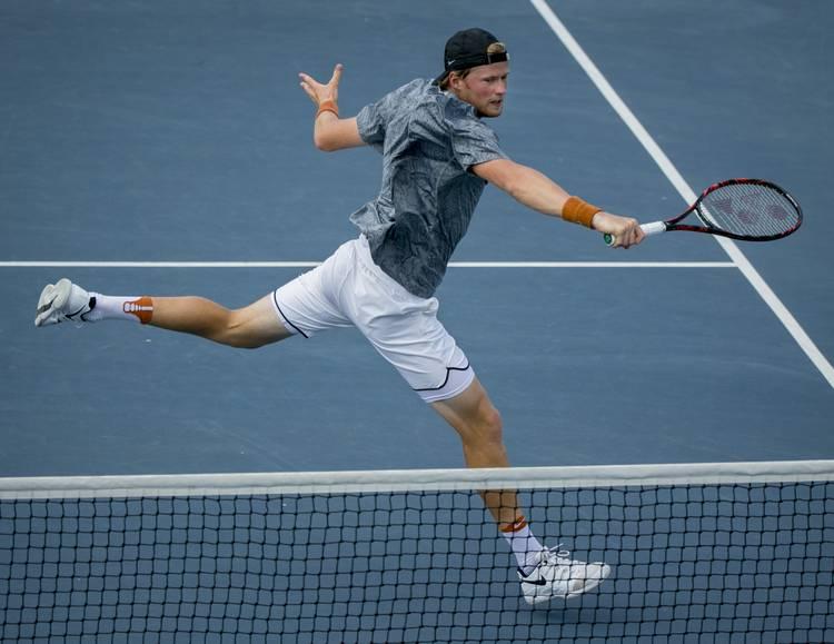 Texas men advance to Big 12 Tennis Championship final