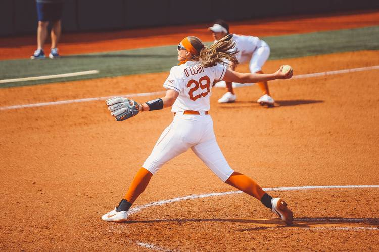 Texas phenom Shea O'Leary considered 'day-to-day' for series with No. 1 Oklahoma