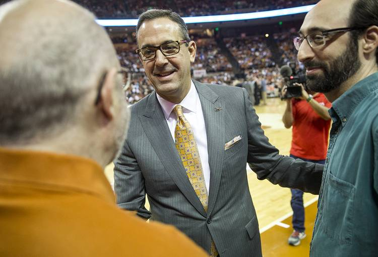 Texas regents set to approve contracts for AD Chris Del
