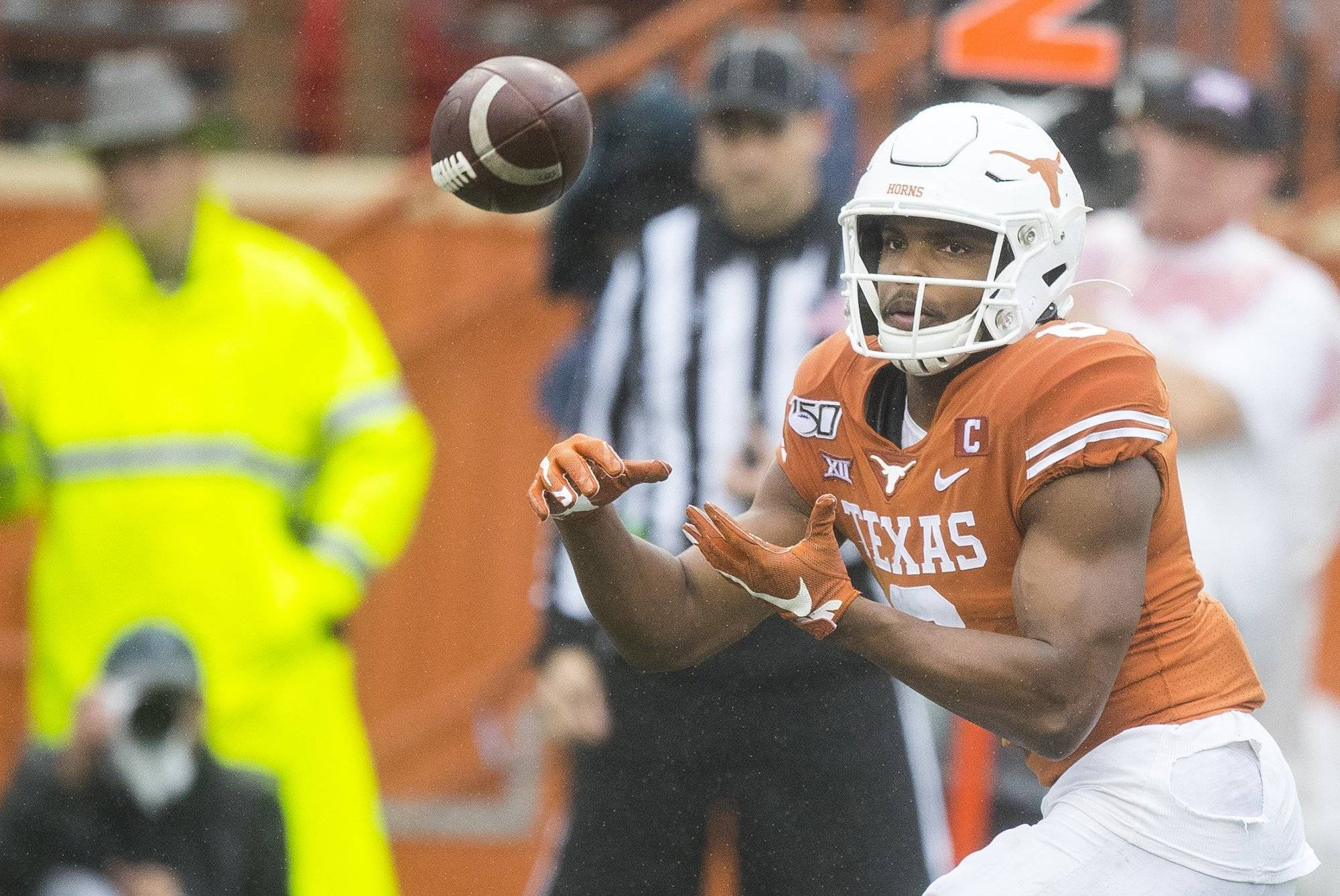 Big 12 recognizes Devin Duvernay and Roschon Johnson for 100-yard efforts against Texas Tech
