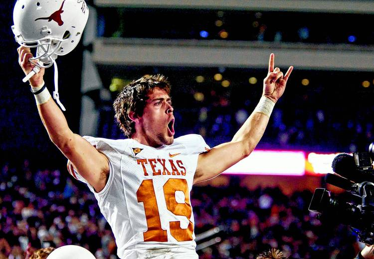 Justin Tucker Is Now Nfl S Most Accurate Kicker Of All Time Hookem Com
