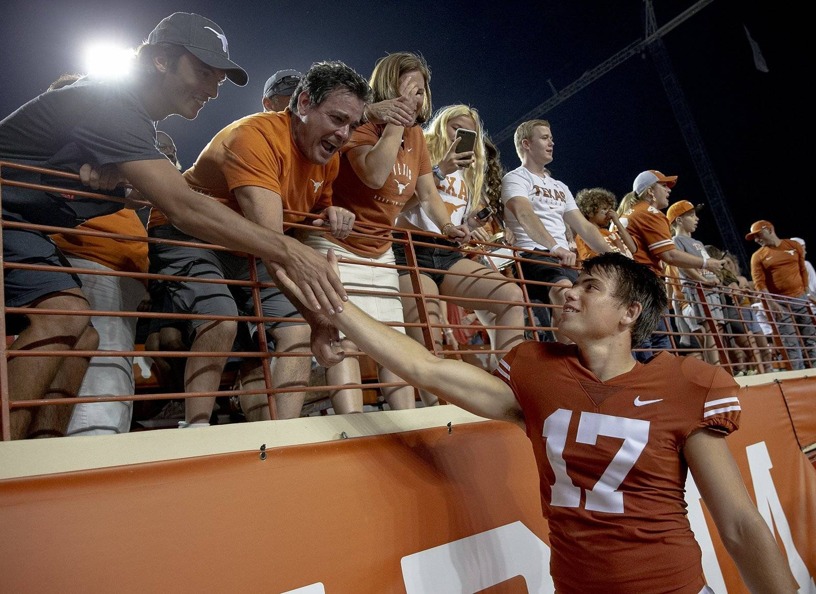 Dicker the Kicker beats Kansas with the fifth buzzer-beating field goal for Texas since 2000